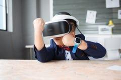 3D på en pojke som erfar livliga sinnesrörelser Fotografering för Bildbyråer