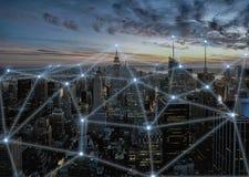 3D pojęcia ilustracja bezprzewodowa sieć komunikacyjna w mądrze mieście zdjęcie stock