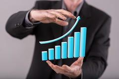 3d pojęcia pieniężny wzrostowy wizerunku laptop Obrazy Stock