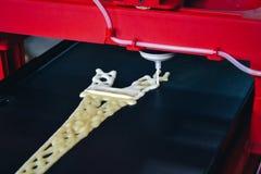 3d printer die druk een vloeibaar deeg Royalty-vrije Stock Fotografie