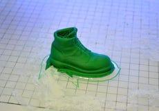 3D printer drukt de vorm van gesmolten plastic groen Stock Afbeelding