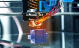 3d printermechanisme het werk yelementontwerp van het apparaat tijdens de processen Stock Foto