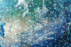 3D que rinde el fondo de la red global Líneas de la conexión con Dots Around Earth Globe Conectividad internacional global Foto de archivo