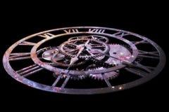 3D que rinde un reloj, el concepto de tiempo y el universo imagen de archivo libre de regalías