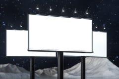 3d rappresentazione, bordo di pubblicit? in bianco nella scena di notte royalty illustrazione gratis