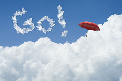 3D rendering: ilustracja Czerwony parasolowy unosić się above przeciw niebieskiemu niebu i chmurom z tekstem Iść iść przyszłościo royalty ilustracja