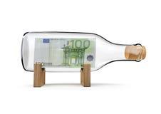 Cento bottiglie dell'euro Immagine Stock