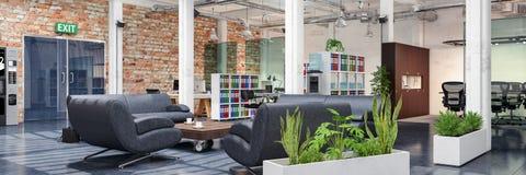 3d rendono - ufficio open space - l'edificio per uffici Immagini Stock