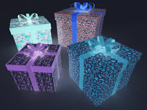 3D rinden de presentes envueltos fluorescentes multicolores de un día de fiesta que brillan intensamente Imagen de archivo