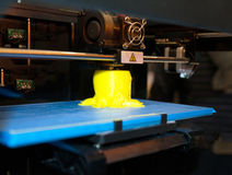 3D skrivare - FDM-printing Fotografering för Bildbyråer