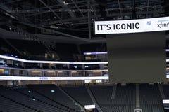 1 d'or sports centraux complexes Photos libres de droits