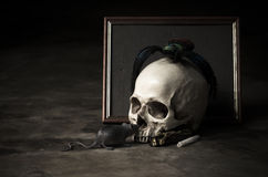 3D still life skull with rat and spider Royalty Free Stock Photography
