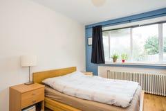3 d sypialni otoczenia wewnętrznej pozbawione piorun Zdjęcia Stock