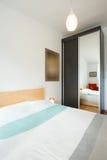 3 d sypialni otoczenia wewnętrznej pozbawione piorun Obraz Royalty Free