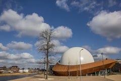 3D teatro Infoversum lungo un canale in Groninga Fotografie Stock Libere da Diritti