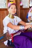 Długi szyi kobiety tkactwo Zdjęcie Stock