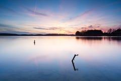 Długi ujawnienia jezioro przy zmierzchem Zdjęcie Stock