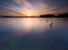 Długi ujawnienia jezioro przy zmierzchem Fotografia Stock