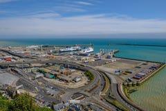Dôvar, Kent, Reino Unido - 17 de agosto de 2017: Opinião de Ariel Dover Ferry Po fotografia de stock royalty free