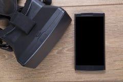 3d virtuele werkelijkheidsvr hoofdtelefoon en mobiel Royalty-vrije Stock Afbeeldingen