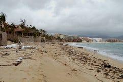 Dañado por el frente de la playa de Odile Medano del huracán Fotos de archivo libres de regalías