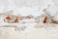 Daño concreto y marrón blanco de la pared de ladrillo Imagenes de archivo