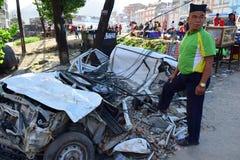 Daño del coche después del desastre del terremoto Fotos de archivo libres de regalías