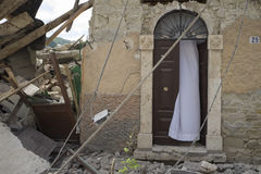Daño del terremoto, Pescara del Tronto, Ascoli Piceno, Italia Foto de archivo libre de regalías