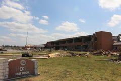 Daño del tornado del distrito escolar de Joplin fotografía de archivo