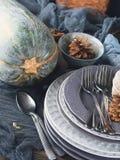 Da ação de graças do jantar vida ainda com pratos vertical Imagem de Stock Royalty Free