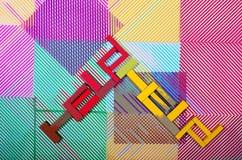 ` Da ajuda do ` do sinal em um fundo geométrico abstrato Imagem de Stock Royalty Free