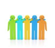 Día de la amistad Abrazo de gente coloreada feliz sonriente Imagen de archivo libre de regalías