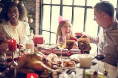 Da família conceito da celebração do Natal junto fotografia de stock royalty free