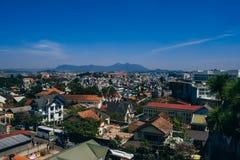 DA-LAT, VIETNAM - MARS 9, 2017: En sikt av den Dalat staden i Vietnam Fotografering för Bildbyråer