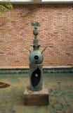 ` Da mulher e do pássaro do ` da escultura do ³ de Joana Mirà em St Paul de Vence, França fotos de stock