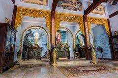 DA NANG, VIETNAM - CIRCA IM AUGUST 2015: Tam Thai Pagoda in den Marmorbergen, Vietnam lizenzfreie stockbilder