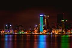 DA NANG, VIETNAME - 19 DE MARÇO DE 2017: Nightview no Da Nang, Vietname da paisagem Imagem de Stock Royalty Free