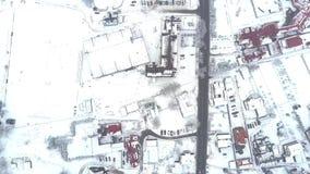 Da parte superior opinião aérea para baixo de uma cidade da Europa Oriental no inverno Imagem de Stock