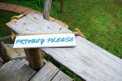 Da privacidade signage por favor Imagens de Stock