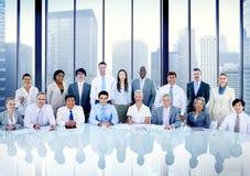 Da reunião incorporada executivos dos conceitos do escritório fotografia de stock royalty free