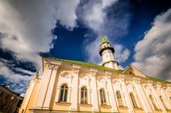 Da sotto la vista della moschea Fotografia Stock Libera da Diritti