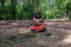 DABANA, SRI LANKA - CIRCA DICEMBRE 2016: Uomo di Vedda Fotografia Stock