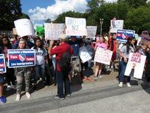 Daca-Protestierender am Weißen Haus Lizenzfreie Stockfotografie