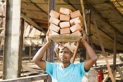 Dacca, Bangladesh, el 24 de febrero de 2017: Muelle de la nave en Dacca Bangladesh Imágenes de archivo libres de regalías