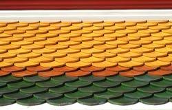 Dachówkowego dachu tło w Tajlandia obraz stock