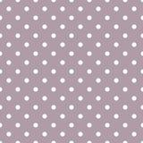 Dachówkowy wektoru wzór z białymi polek kropkami na pastelowym fiołek menchii tle Obrazy Royalty Free