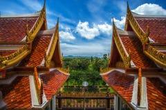 Dach der Pagode in Wat Chalong oder in Chaitharam-Tempel Lizenzfreie Stockfotos