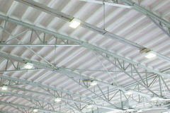 Dach des großen Lagerhauses Lizenzfreie Stockfotografie