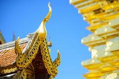 Dach des Wat Phra That Doi Suthep-Tempels stockbild