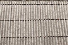 Dach hergestellt von einem asbest Stockfoto